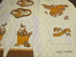 The Mushroom Kitchen Quilted Sewing Panel Apron Glove Pads NOS Vintage SEE PICS $40.00