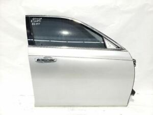 Silver Right Front Door OEM 11 12 13 14 16 17 18 19 20 Chrysler 300 Limited 4Dr $618.50