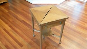 ANTIQUE FOLDING ENVELOPE ENGLISH 4 PLAYERS GAME TABLE OPEN W INLAIDS SWIVEL TOP $50.00