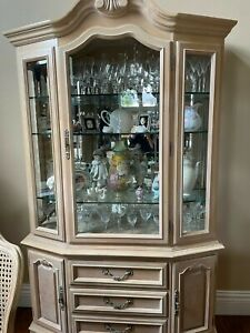 Thomasville Formal Dining Set Table Chairs China Cabinet and Server