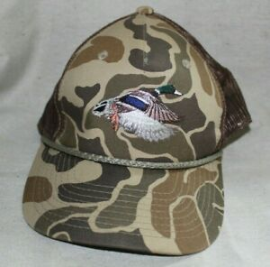 Vintage Outdoor Cap Camo with embroidered duck and mesh sides Adjustable