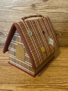 Sweet Vintage Bird House Sewing Storage Trinket Box Holder Roof Lifts Hand Made $18.95