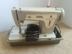 Vintage Singer Sewing Machine Model 237 Fashion Mate in Carrying Case TESTED $89.99