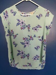 Lily White Womens Floral Blouse Short Sleeve Sheer Size Medium $5.00