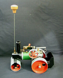boxed steam roller sr 1a complete with