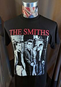 BRAND NEW THE SMITHS RED BAND NAME W / MORRISSEY BLACK ROCK T SHIRT