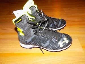 Youth Size 5 Under Armour High Top Football Cleats Shoes Black Neon Yellow New