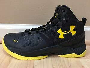 NEW UNDER ARMOUR YOUTH BOY CURRY 2 BASKETBALL SNEAKER SHOES 6.5 Y 100% AUTHENTIC