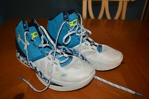 PAIR OF UNDER ARMOUR L.E. HAIGHT STREET STEPHEN CURRY 2 SHOES USED WORN W LOVE