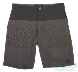 New Mens Oakley Stanley Shorts 2.0 Size 34 Graphite MSRP $75