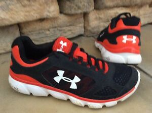 Youth Boys Sz 7 UNDER ARMOUR Athletic Shoes
