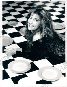 1991 Actress Crystal Bernard In Wings Press Photo $18.88