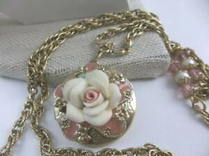 Vintage  Locket Necklace Beautifully Gold Plated Porcelain Rose Pink Crystals