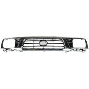 Grille Upper Chrome amp; Black for 95 97 Toyota Tacoma 4WD
