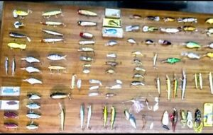 HUGE VINTAGE FISHING LURE LOT100+LURESHeddonBarley StormRapala