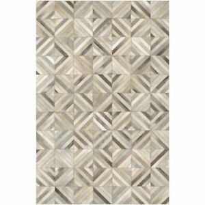 Hand-Crafted Vail Kaleidoscope Ivory Cowhide Leather Area Rug - 5'4