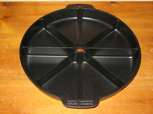 Nordic Ware Round Scone Cornbread Pan 8 Section 9.5