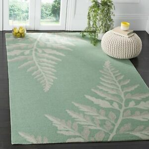 Martha Stewart by Safavieh Ferns Cornbread  Natural Area Rug - 5' x 8'