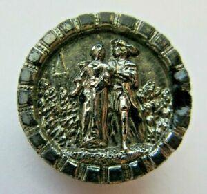 Very Nice Antique~ Vtg Victorian Black GLASS Picture BUTTON Couple 34