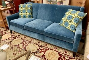 Mitchell Gold Recent Designer Sofa Lillian August Knoll Pillows