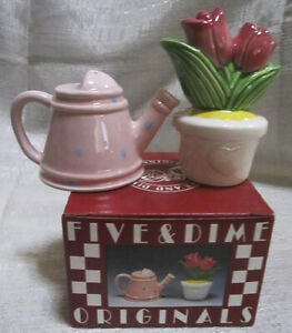 A Tulip Flower and Water Can Salt and Pepper Shakers ~ Item #432