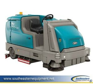 Demo Tennant M17 Battery Powered Ride On Sweeper Scrubber Ech-20