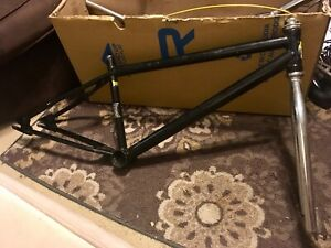 New Fairdale Taj 26 Bicycle BMX Style Cruiser 60cm Chromoly Frame and Fork Blue Cycling Sporting Goods
