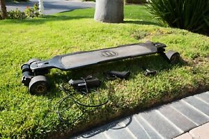 Used Evolve Carbon GT Street Electric Skateboard - GOOD WORKING CONDITION