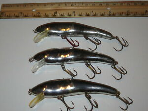 Lot of 3 cc Cotton Cordell Ripplin Red Fin Lures Chrome