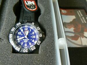 LUMINOX SERIES 3954 SCOTT CASSELL  COLORMARK NAVY SEAL WATCH
