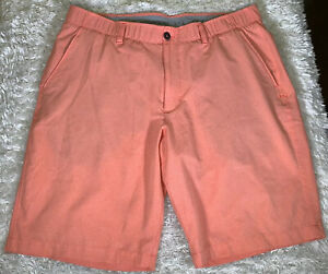 Mens Under Armour Loose HeatGear UA Match Play Vented Golf Shorts Size 38 Salmon