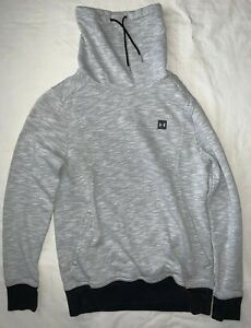 mens under armour cold gear hoodie $15.00
