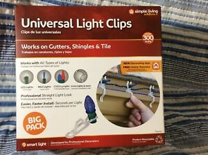 Simple Living Universal Light Clips  For Outdoor Summer Holiday Lights 300 Count