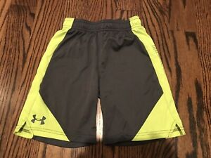 Under Armour Boys Athletic Shorts Size 7 Charcoal Gray W Neon Yellow $2.99
