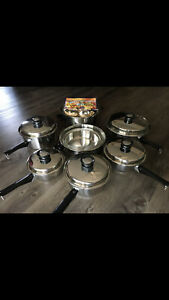 18 PIECE AMWAY QUEEN MULTI PLY 18/8 STAINLESS VINTAGE COOKWARE SET UNUSED NIB