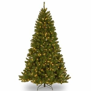 7.5-foot North Valley Spruce Hinged Tree with 550 Low Green