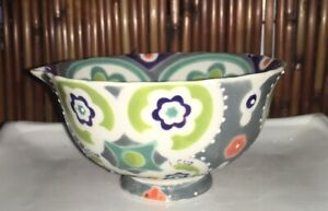 *USED ANTHROPOLOGIE NESTING MEASURING CUP SET * HAND PAINTED * KITCHENBOWLS**