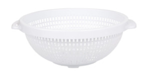 Plastic White Strainer Drainer Colander With Footings 10 Diameter FREE SHIPPING
