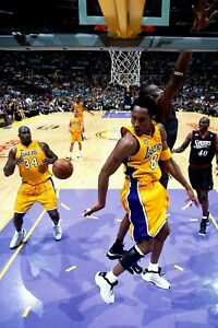 Los Angeles Lakers Kobe Bryant Assist to Shaq Poster 24x36 inches $20.00