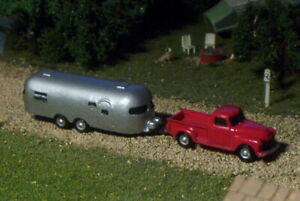Old Pick up Truck and Camping Trailer N Scale vehicle RED
