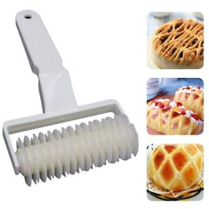 US Baking Mold Pastry Lattice Roller Cutter Plastic Pastry Bakery Kitchen Tool