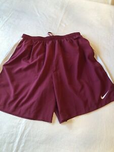 men's Nike dri fit shorts XL maroon and white C70 $19.99