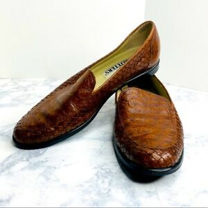 Trotters marissa womens leather braided embossed slip on loafers 8 $25.95