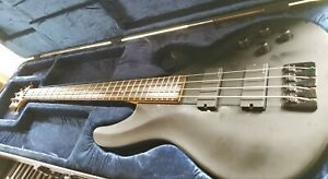 Schecter Extreme 4 Electric Bass Guitar