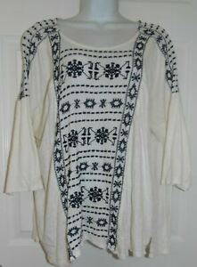Cute Ivory w Black Embroidery Lucky Brand 3 4 Sleeve Top 2X