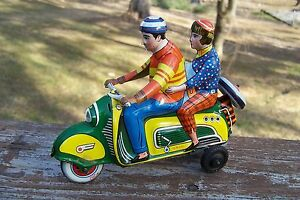 tin toy vespa scooter motorcycle germany tippco