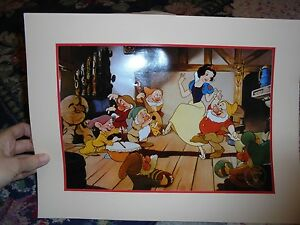 Snow White Lithograph Disney Store walt disney#x27;s Snow white and the seven dwarfs $9.95