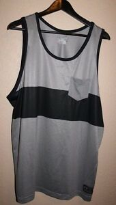 NEW w out tag UNDER ARMOUR UA SURF Silver Pocket Tank Top XL Loose Fit Heat Gear
