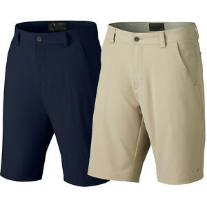 Oakley Men's Take Golf Shorts 2.5 $65