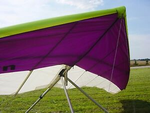 UPALTAIR SATURN 147 Hang Gliding Novice Glider with VG --- Very Good Condition